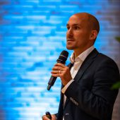 MANEMO Experte Jonas Geißler Vortrag Time is Honey